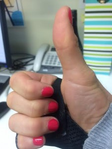 splint thumbs up